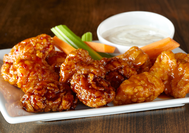 Boneless Chicken Wings with Ranch and Vegatables