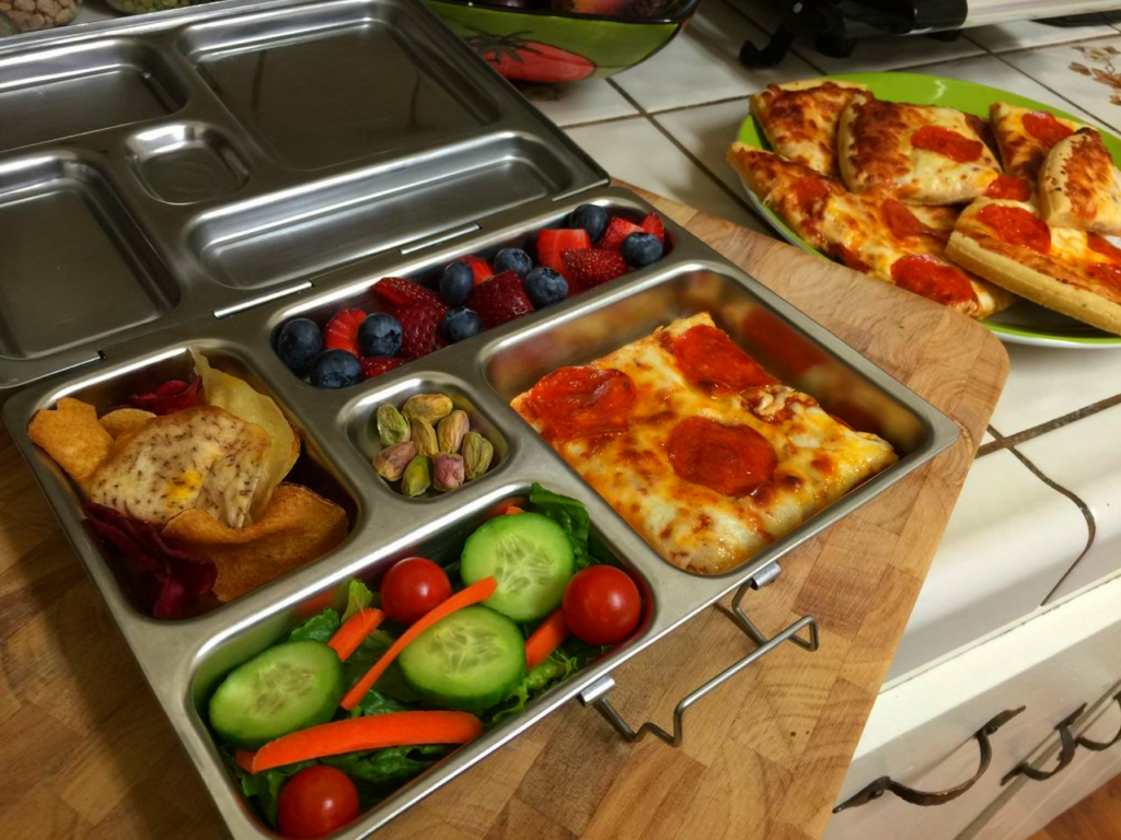 Picture of Pizza, Vegetables and Fruit